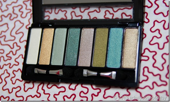 The Greens: Avon 8-in-1 Eyeshadow Palette