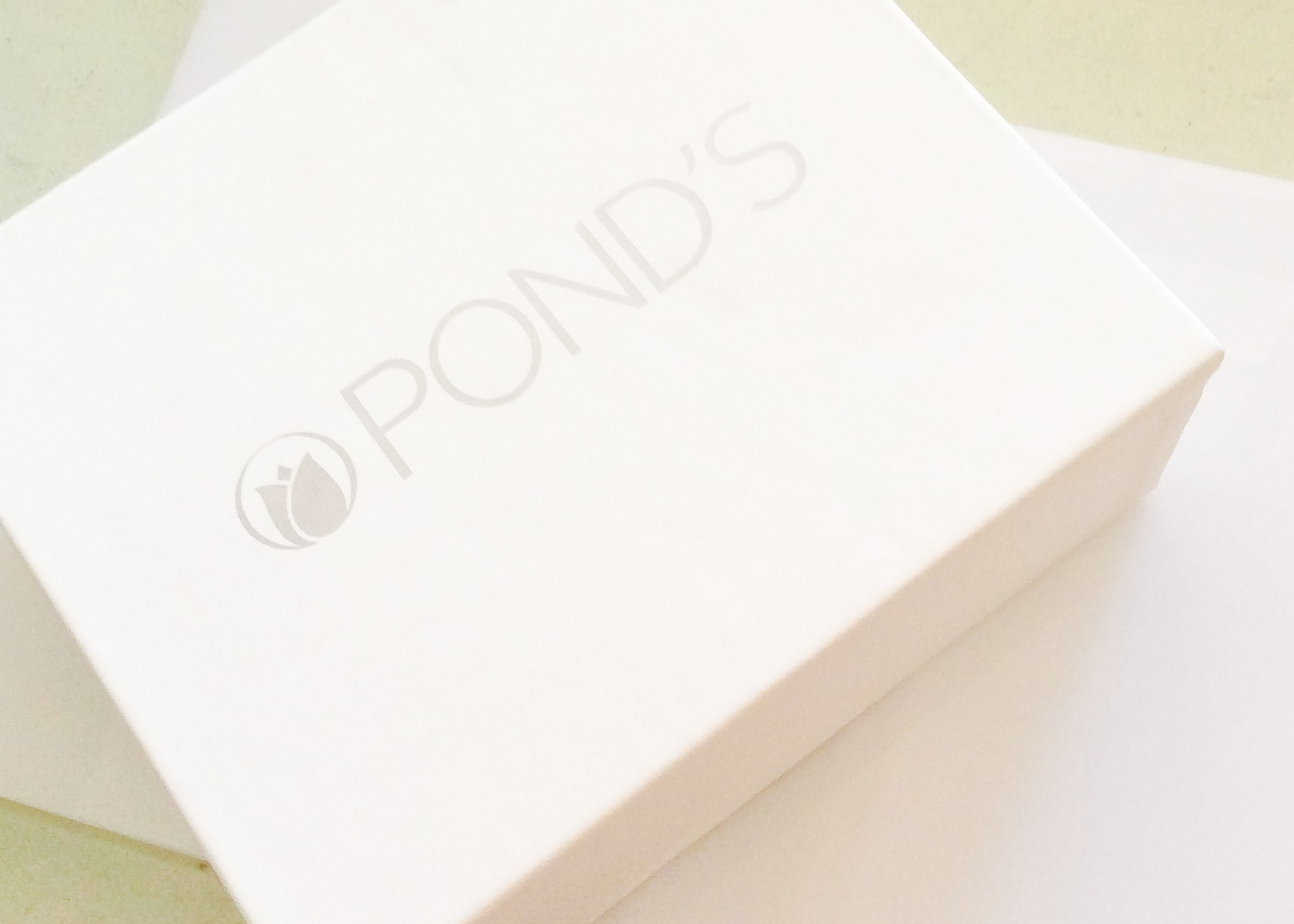 Pond's No Makeup Look Kit