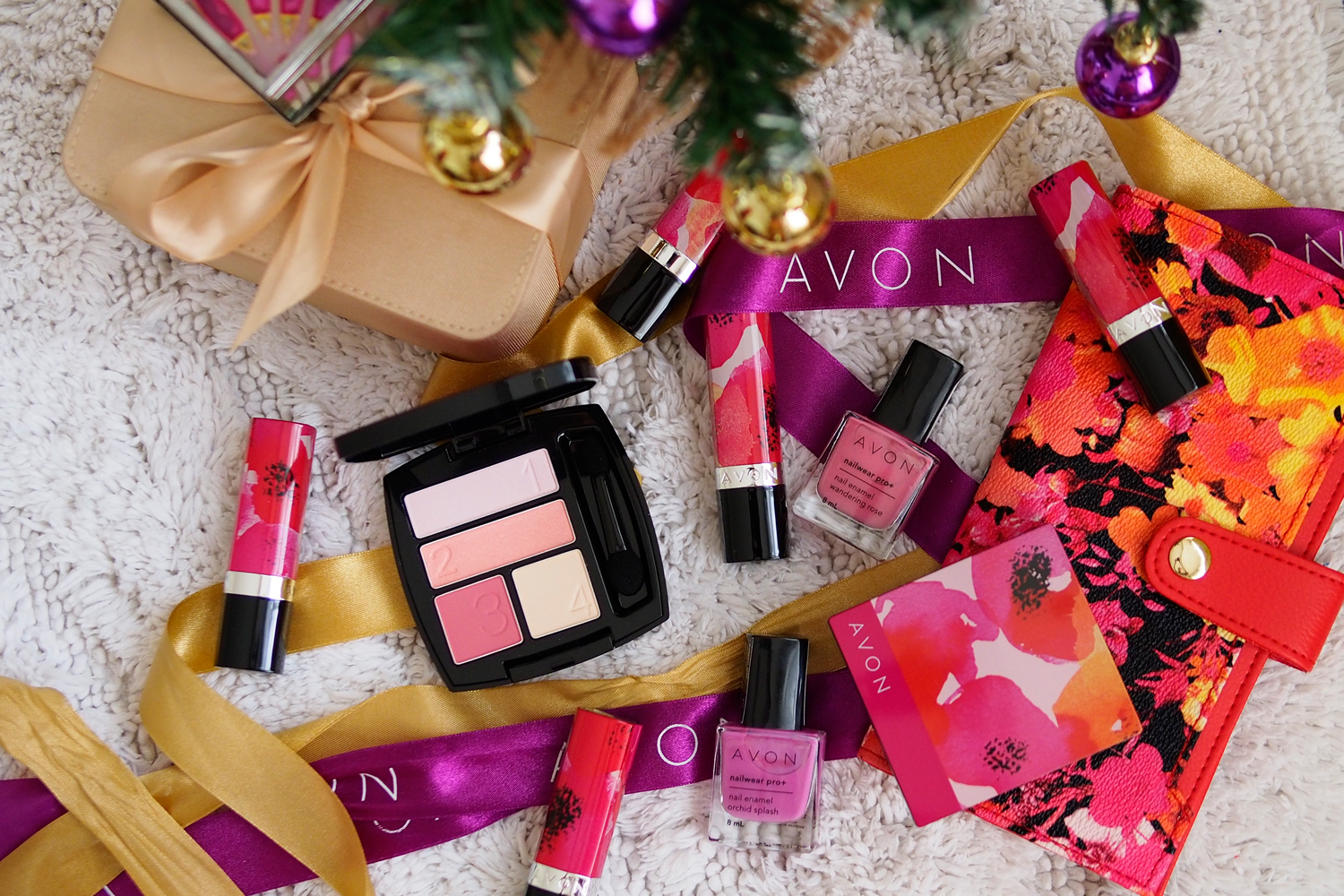 Avon Belle in Bloom Collection