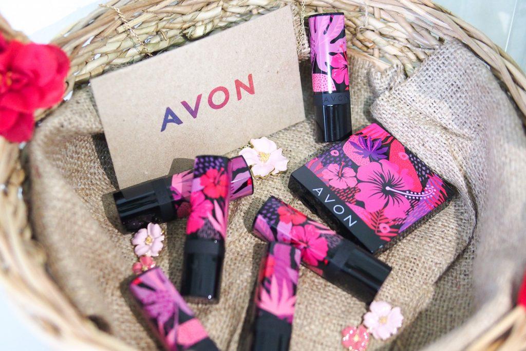 Avon Floral Wonderland Collection