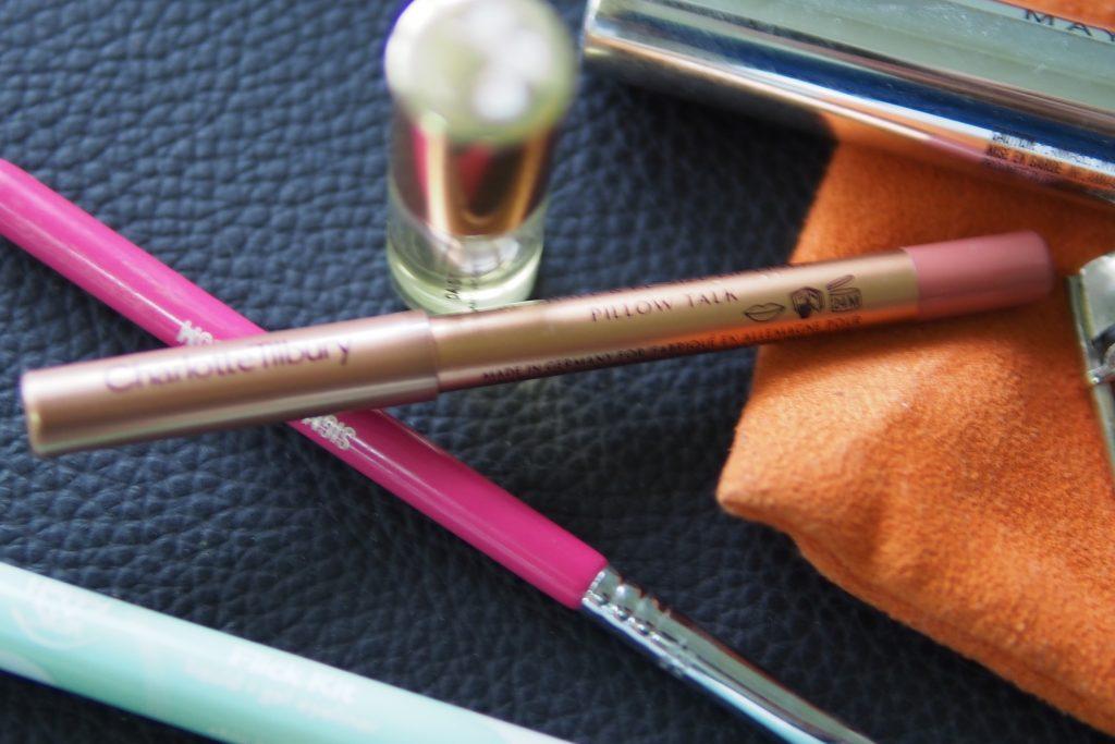 Emily in Paris Makeup Look