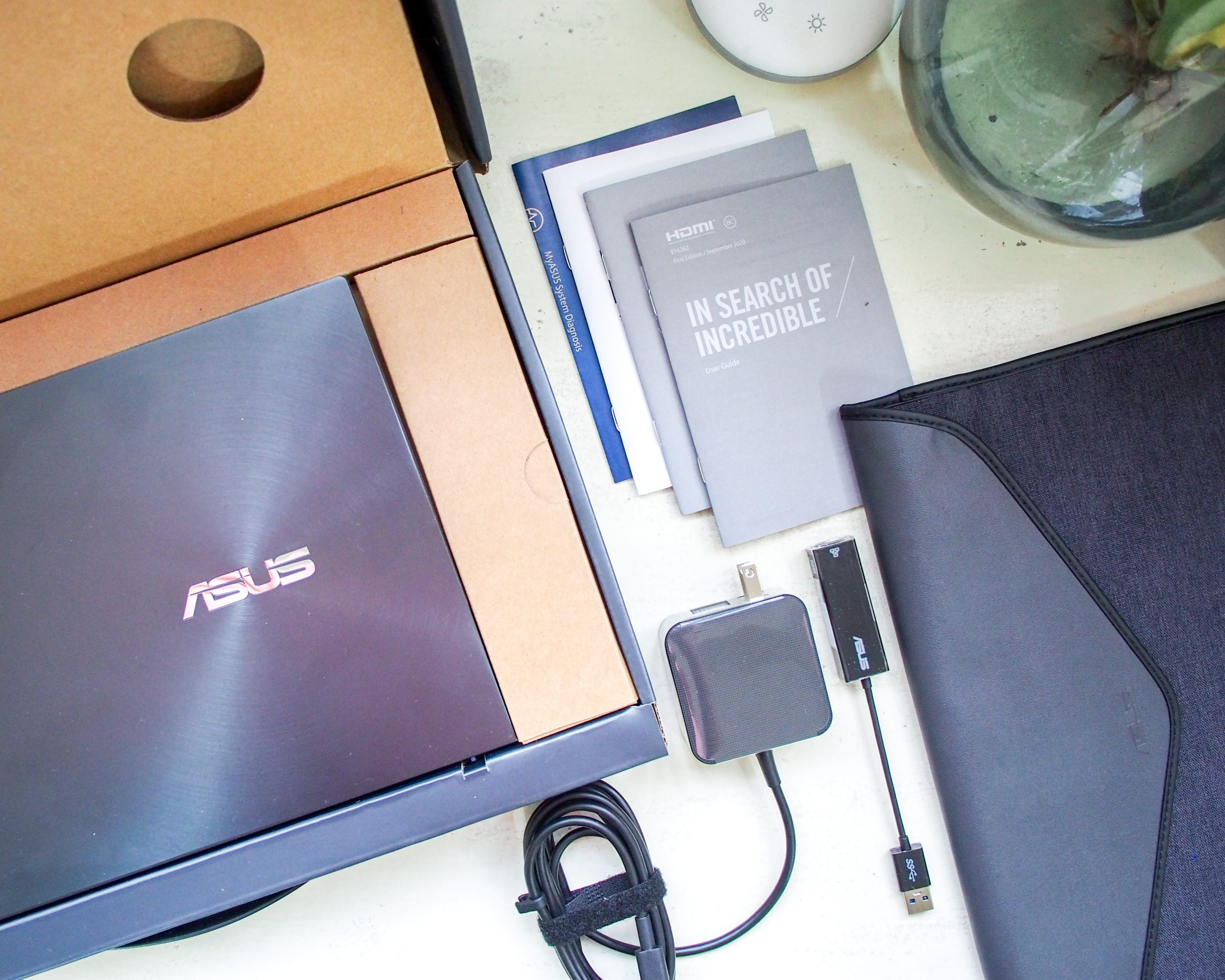 Unboxing the Asus Zenbook 14 UX435EG + First Impressions